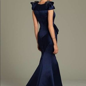 Jovani Dresses - Jovani Embellished Bows Size 6